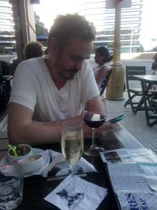 Blogging på kafé i Buenos Aires