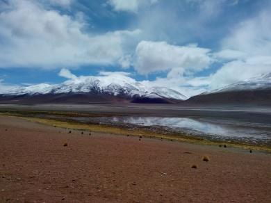 Lagune og fjell