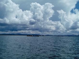 Urosøyer på Titicacasjøen