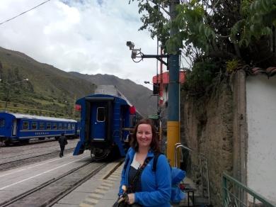 Målfrid på togstasjonen, Ollantaytambo