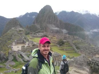 Thomas med Machu Picchu i bakgrunnen