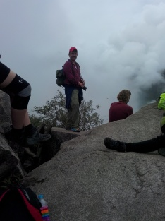Thomas på toppen av Wayna Picchu