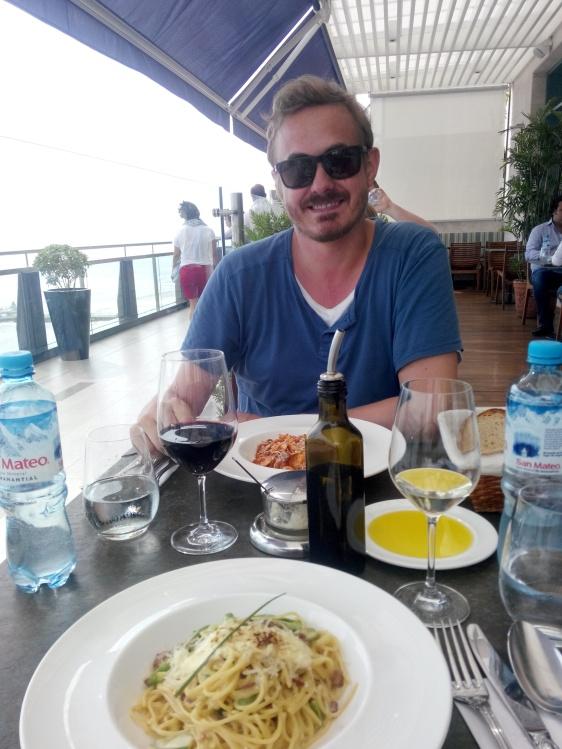 Lunsj på Larcomar