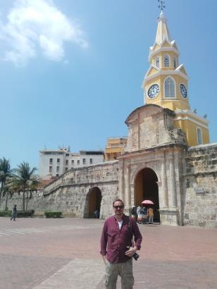 Thomas foran porten til gamlebyen
