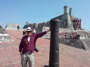 Thomas halvveis til toppen av fortet