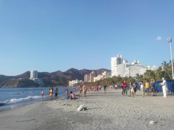 Stranda utenfor resorten