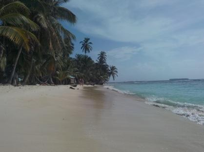 Langs stranden