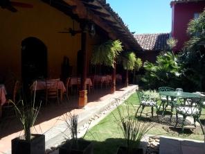 Hagen på hotell Estrada